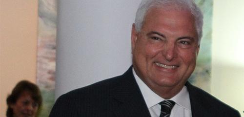 Expresidente panameño Ricardo Martinelli es arrestado en EE.UU.